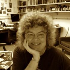 Headshot of Andrea Mensch
