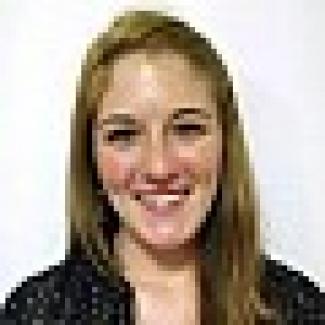 Headshot of Chelsea Dyer