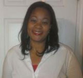 Headshot of Claudia Kearney