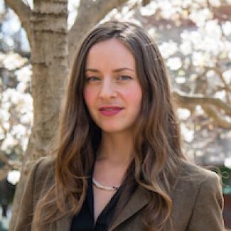 Headshot of Elizabeth Saylor