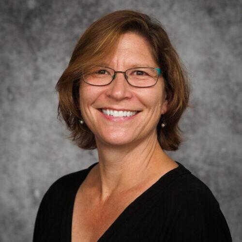 Headshot of Stephanie Francis