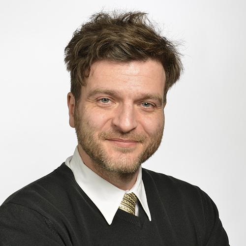 Headshot of Jakub Rakosnik