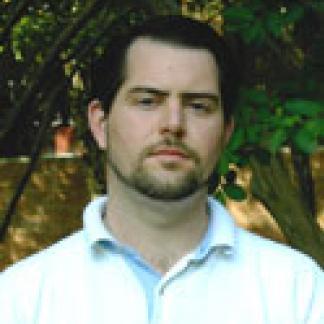 Headshot of Justin Daves