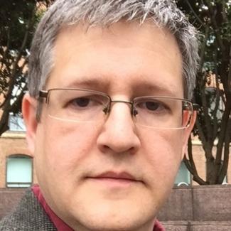 Headshot of Roy Stamper