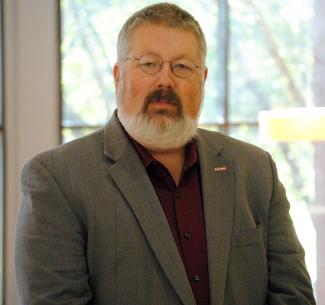 Headshot of Tom Birkland
