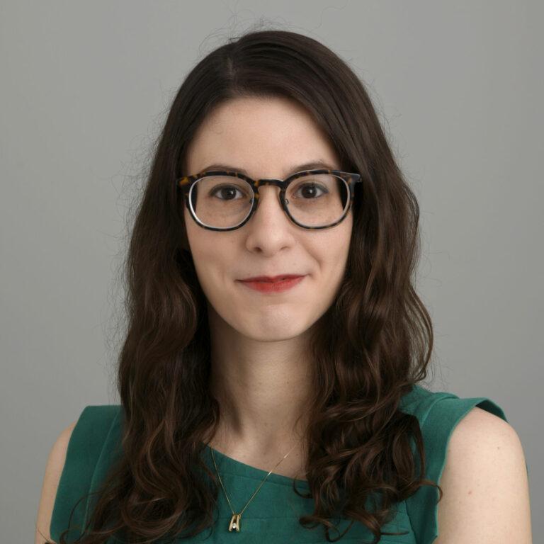 Headshot of Vanessa Volpe