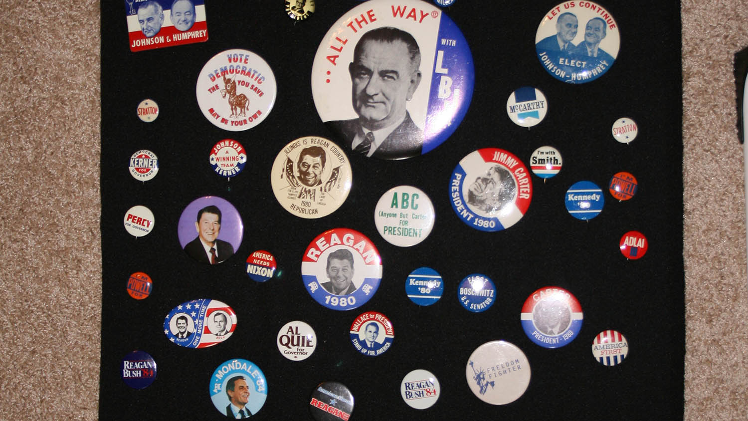 A collection of presidential campaign buttons