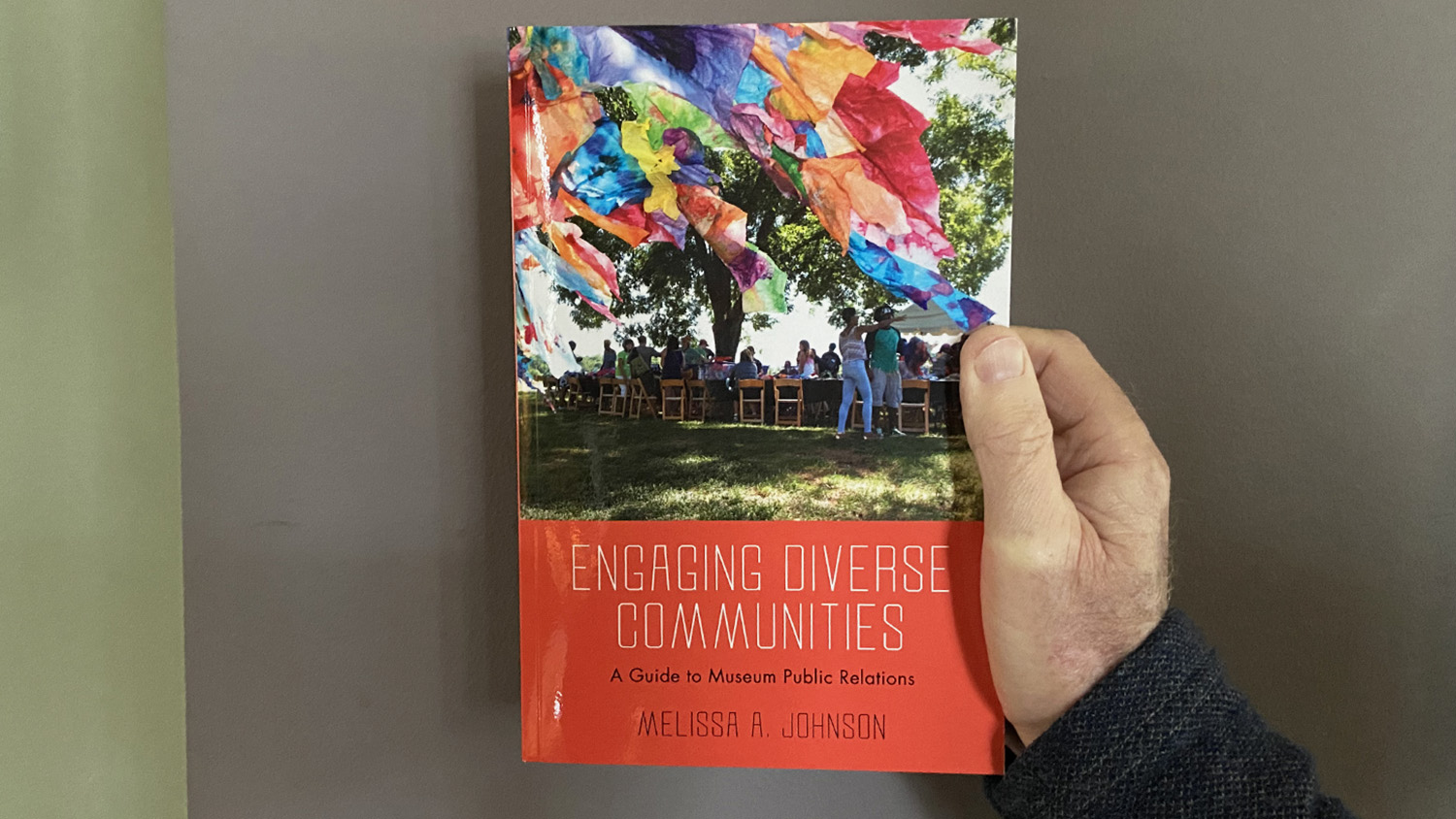 "cover of ""Engaging Diverse Communities"""